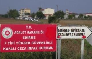 Demirtaş'ın kaldığı cezaevinde 6 PKK'lı...