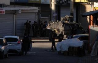 Diyarbakır'da terör operasyonu: 19 gözaltı