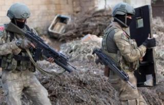 Diyarbakır'daki terör operasyonu sürüyor