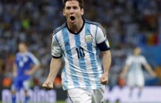 """Dünya Kupası'nın son """"Altın top""""u..."""