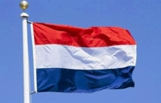 Hollanda'da koalisyon görüşmelerine katılacak...