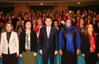 MHP Genel Merkez Kadın Kollarında Referandum Bilgilendirme...