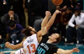 New York Knicksli Noah özür diledi