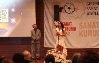 """Sanat Kurumu Ödülleri'nde """"Ankara rüzgarı""""..."""