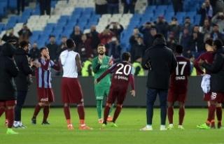 Trabzonspor, çıkışını sürdürdü