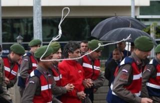 Vatandaşlar suikast girişimi sanıklarına ip attı