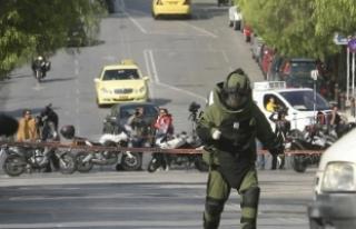 Yunanistan'da patlayıcı içeren 8 paket daha tespit...