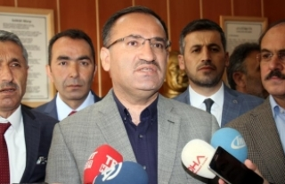 Adalet Bakanı Bozdağ: Türk Anayasası'nda...