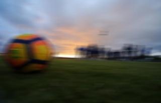 Barton'a 18 ay futboldan men cezası