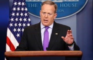 Beyaz Saray Sözcüsü Spicer: Ruslarla iletişimi...