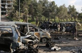 Suriye'de Han Şeyhun'a hava saldırısı...