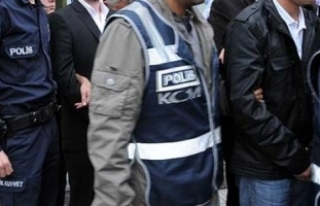 Bursa merkezli FETÖ/PDY operasyonu: 33 gözaltı
