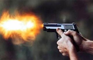 Diyarbakır'da polise silahlı saldırı: 1 polis...