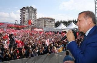 Erdoğan: Savaş suçlarına karşı atılmış bir...