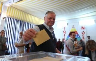 Fransa'da cumhurbaşkanı seçiminin ilk tur...