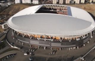 Galatasaray-Fenerbahçe derbisinin biletleri satışa...