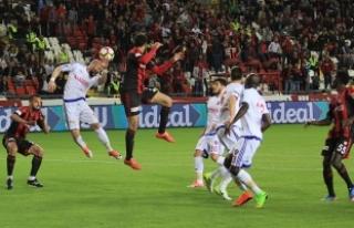 Gaziantepspor, Çaykur Rizespor'a Yenilerek Süper...