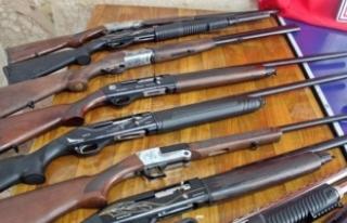 Hakkari'de 560 av tüfeği ele geçirildi