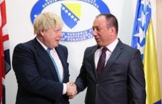 İngiltere Dışişleri Bakanı Johnson: Balkanlar'da...