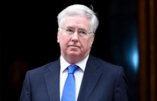 İngiltere Savunma Bakanı Fallon: Umuyorum ki Rusya...