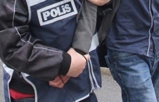 İzmir'de FETÖ/PDY operasyonu: 25 gözaltı