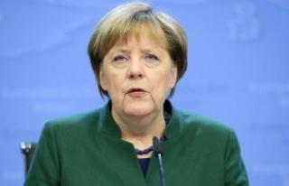 """Merkel: """"Sömürge döneminde Afrika'da..."""