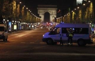 Paris saldırısı ile ilgili aranan bir şüpheli...