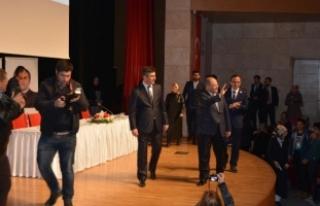 Sağlık Bakanı Recep Akdağ Şile'de gençlerle...