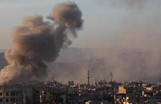 Suriye'de hastaneye hava saldırısı: 15 ölü,...