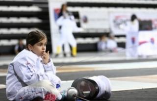 Uluslararası Eskrim Çocuk Kupası Antalya'da...