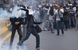 Venezuela'daki gösterilerde hükümet muhalefeti...