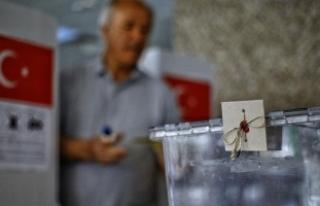Yurt dışında 751 bin seçmen oy kullandı