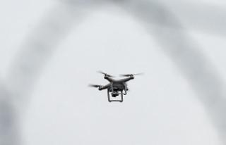 Antalya'da izinsiz uçurulan 'drone'lar...