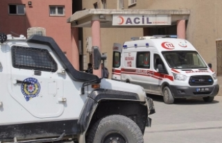 Diyarbakır'da terör saldırısı sonucu bir...