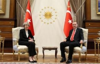 Cumhurbaşkanı Erdoğan, May ile telefonda görüştü