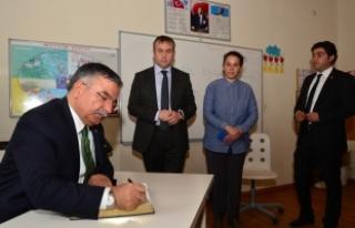 Milli Eğitim Bakanı Yılmaz: Bu aziz milletin terazisi...