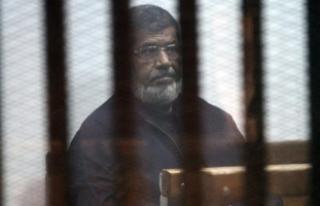 Mursi, can güvenliğinin tehdit altında olduğunu...