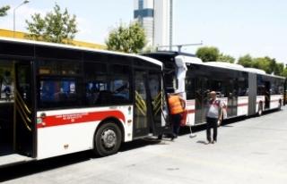 İzmir'de belediye otobüsleri kaza yaptı: 11...