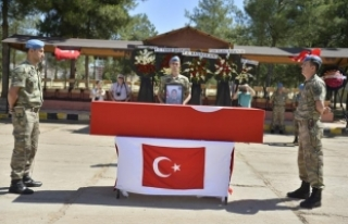 Mardin'de şehit asker için tören
