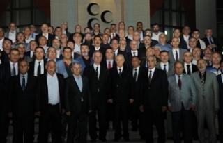 MHP Lideri Bahçeli iftarda Taş Medreseli ülkücüler...