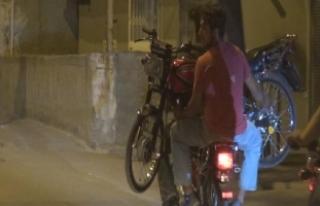 Motosikleti motosiklet ile taşıdılar