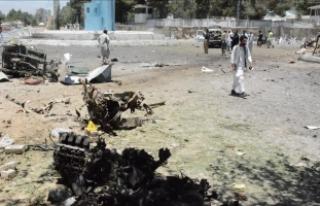 Pakistan'daki bombalı saldırılarda ölü sayısı...