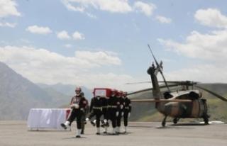 Şehit Yüzbaşı Üçöz, törenle memleketine uğurlandı
