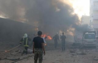 Azez'de bomba yüklü araçta patlama: 4 ölü,...
