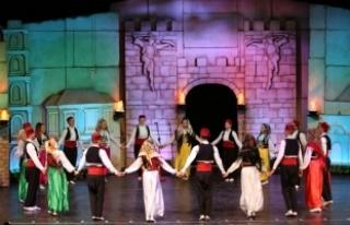 31. Uluslararası Altın Karagöz Halk Dansları Yarışması...