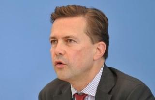 Almanya G20 Zirvesi'nde 32 gazetecinin akreditasyonunu...