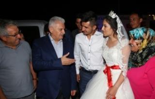 Başbakan Yıldırım Kırıkkale'de düğüne...