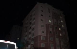 Çankırı'da 8'inci kattan düşen kişi...