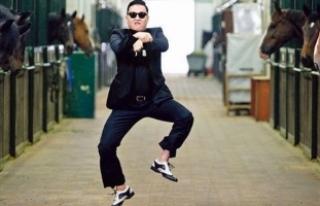 'Gangnam Style'ın tahtını sarsan Wiz Khalifa,...