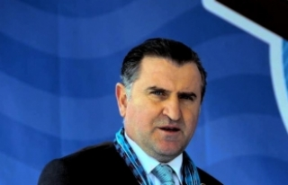 Gençlik ve Spor Bakanı Bak: Ülkemize hizmet etmek...